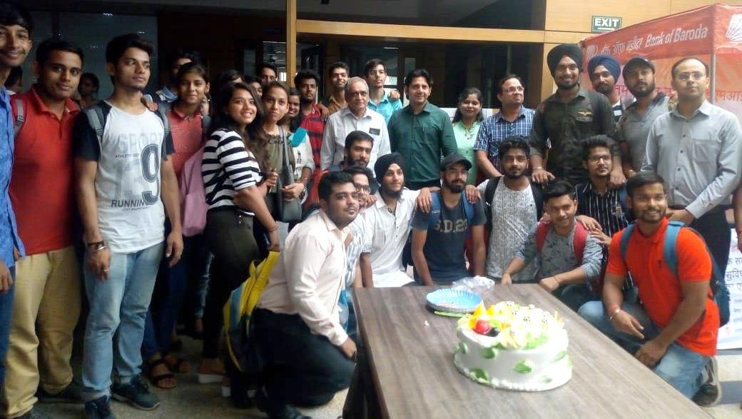 Teachers Day Celebration IITM Janakpuri Delhi Top Best College GGSIPU BCA BBA BCOM www.iitmjp.ac (1) (1)